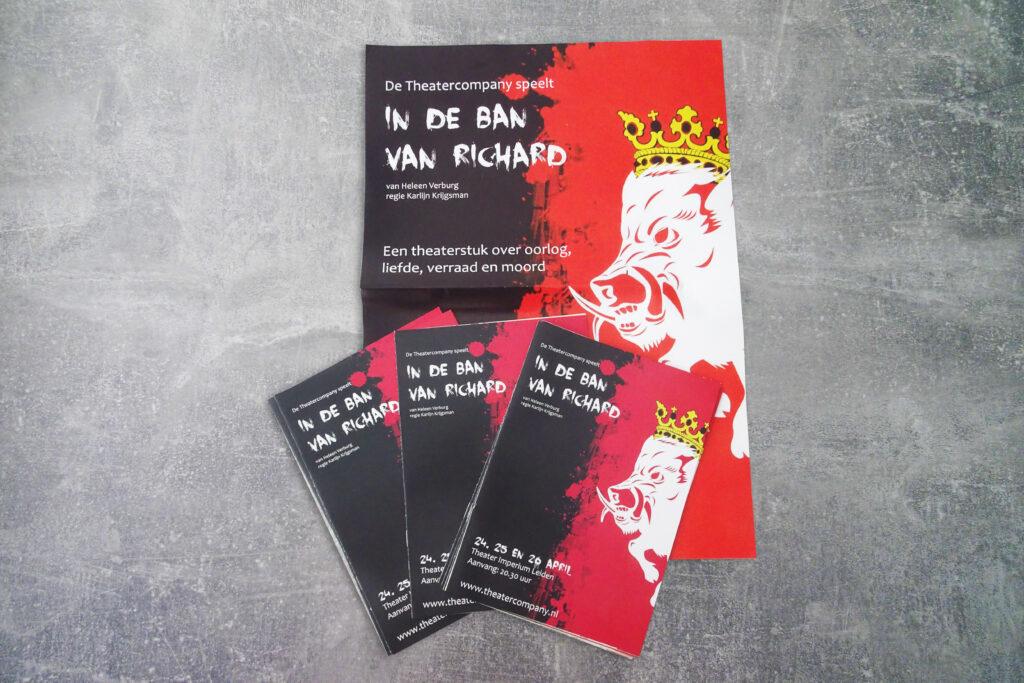 potentiële klanten voor programmaboekje en poster aantrekken zakelijke vormgeving